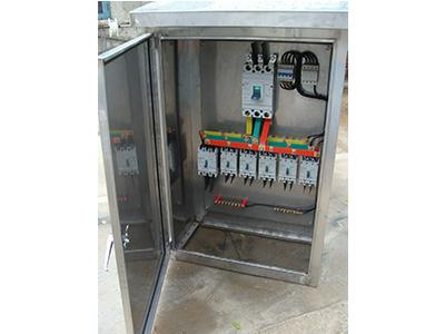 三,配电板进入配电状态后,不得随意拔动动力屏升速开关.图片
